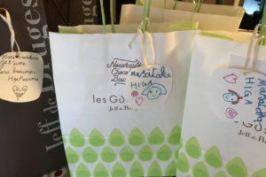 フランスの学校の先生へのプレゼント